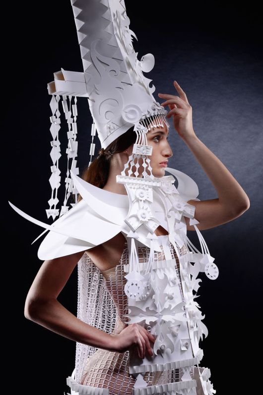 Fantastic Intricate Baroque Wigs From Paper